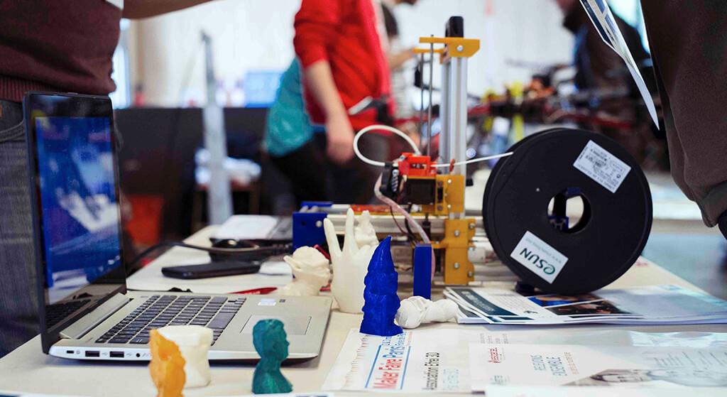 Lise Öğrencileri için Dijitalde Üretime Giriş Atölyesi